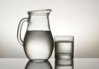 a glass and pitch with water, symbolizing death from dehydration as past life memory