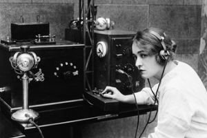female telephone operator in the 30s, what was I in my past life